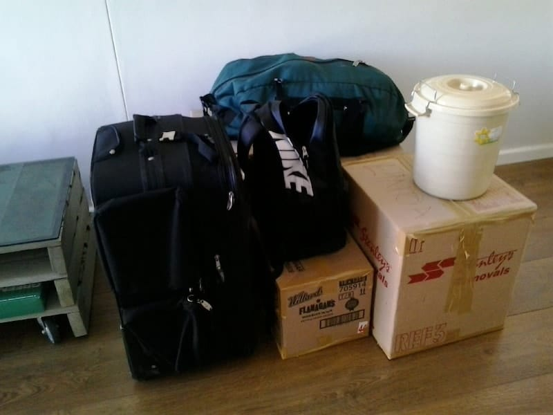 minimalists on the move - a less messy pile