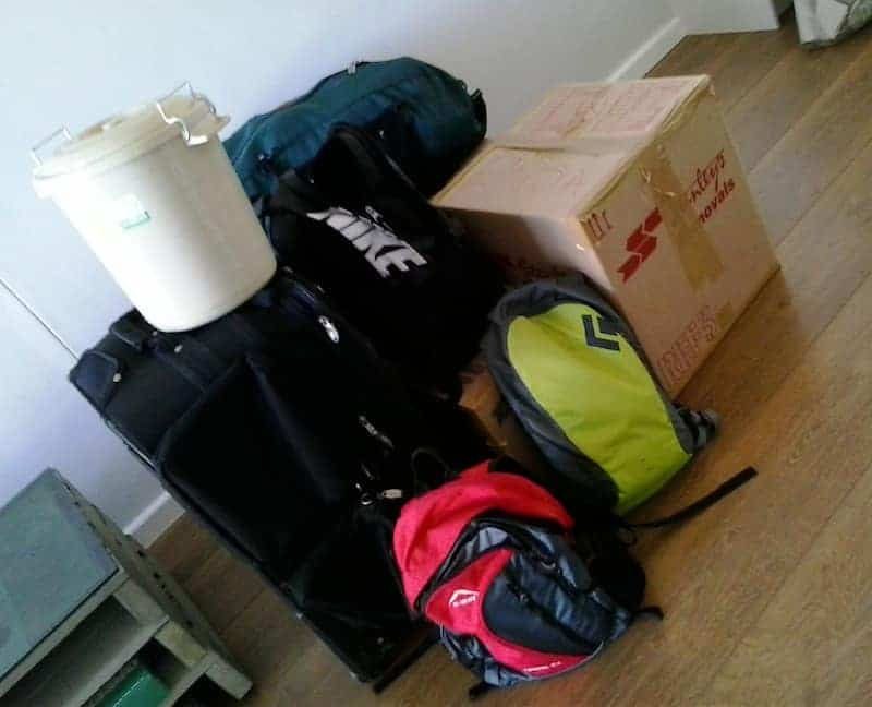 minimalists on the move - a lessy messy pile of stuff