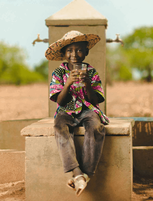 Charity: Water – A Minimalist Approach to Giving Back