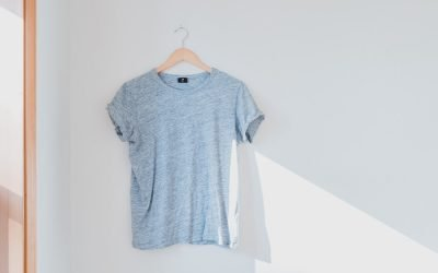 How to Build a Casual Minimalist Wardrobe (That's Good for the Planet)