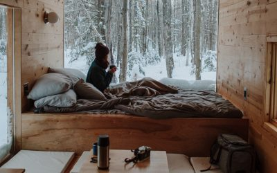 5 Small Space Living Ideas That Will Turn Your Tiny House a Cosy Home